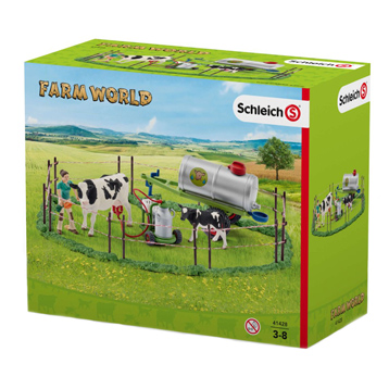 Farm World Cow Family on the Pasture Playset