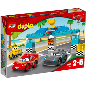 Disney Cars 3 Piston Cup Race